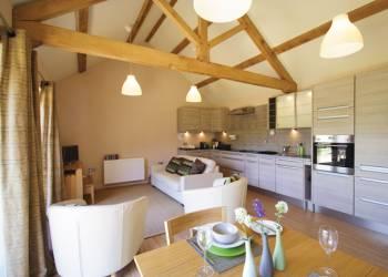 let bay-tree-holiday-lodge-aldeburgh-suffolk-coast