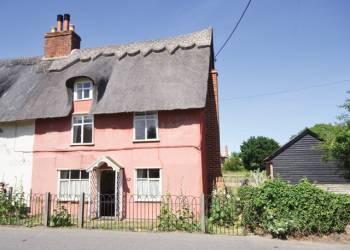 Rent baytree-holiday-cottage-aldeburgh-suffolk