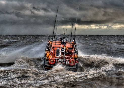 Aldeburgh Resident Scoops RNLI Photo Prize
