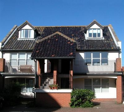1 Coastguard Court Aldeburgh | Self-Catering Holiday Cottage in Aldeburgh Suffolk