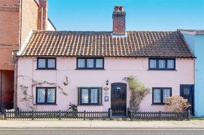 Ann Page Cottage Aldeburgh | Self-Catering Holiday Cottage in Aldeburgh Suffolk