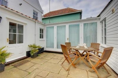 The Nutshell Aldeburgh | Self-Catering Holiday Cottage in Aldeburgh Suffolk