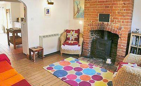 April-Holiday-Cottage-Aldeburgh